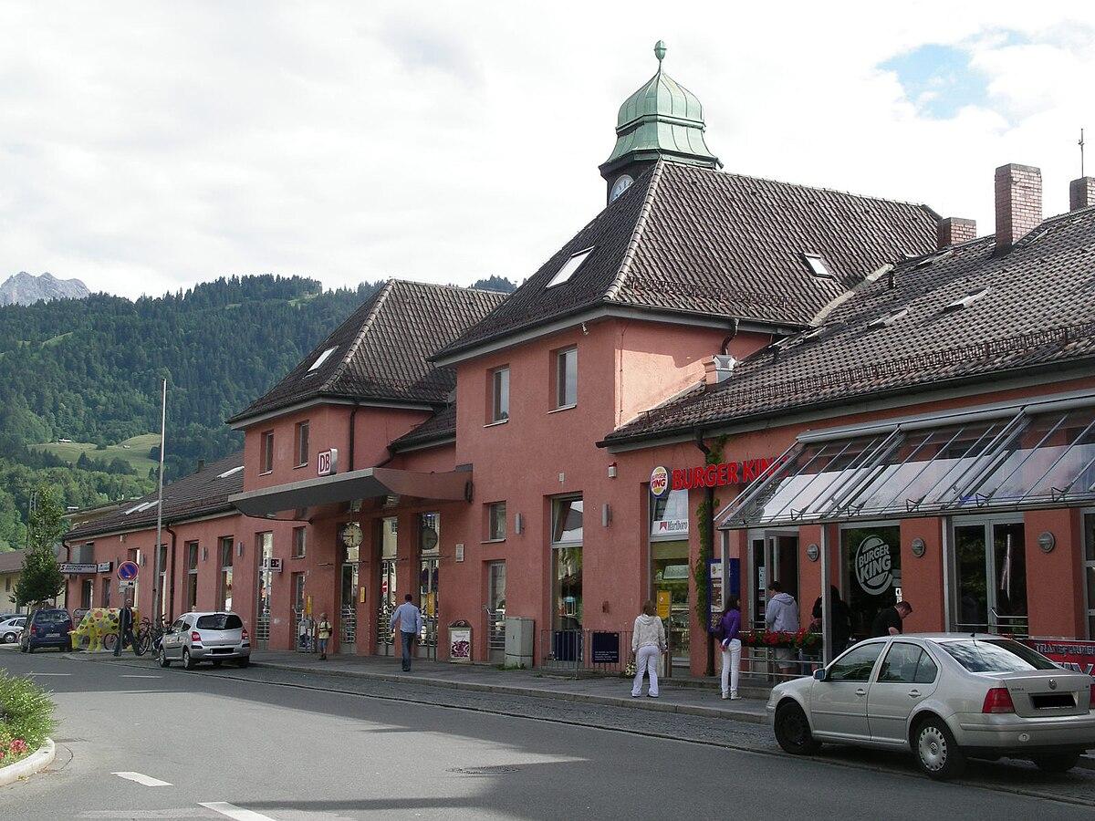 Garmisch-Partenkirchen station - Wikipedia