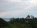 Glorieta pagoda, cerca de un templo taoísta de Laoshan - Guadalupe Cervilla.jpg