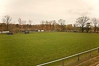 Gröna Vallens fodboldbane fra läktare.jpg