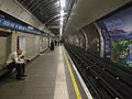 Green Park stn Victoria northbound look south.JPG
