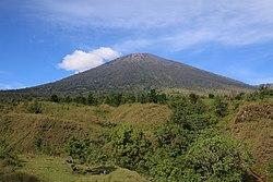 Gunung Rinjani dari Jalur Sembalun.jpg