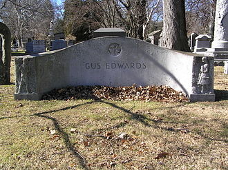 Gus Edwards - The gravesite of Gus Edwards in Woodlawn Cemetery