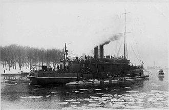 Sweden during World War I - Image: HMS Skäggald and HMS Hvalen, 1915