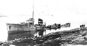 Niels Larsen Bruun - The bombed-out wreck of Æger