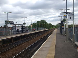 Harringay Green Lanes railway station - Image: Harringay Green Lanes stn look east