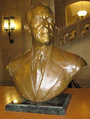Harry Bridges - Bust at the University of Washington
