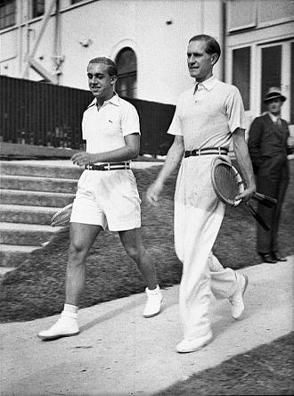 Henner Henkel - Henner Henkel (l) and Gottfried von Cramm (r) at White City, NWS (1937)
