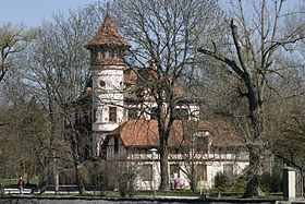 Herrsching - Little Castle 01.jpg
