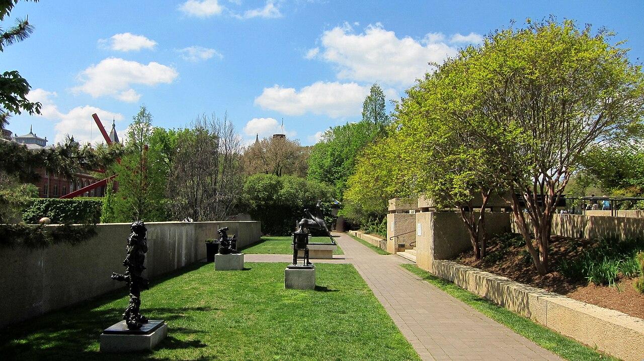 Take a walk through hirshhorn museum and sculpture garden - Hirshhorn museum sculpture garden ...