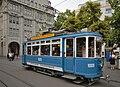 Historische Tram am Paradeplatz in Zürich (2009).jpg