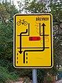 Hládkov, cyklistická značka.jpg