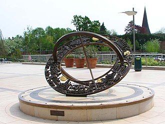 Horsham - Horsham Heritage Sundial in The Forum, 2007
