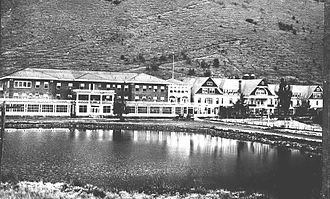 Reportedly haunted locations in Oregon - Hot Lake Hotel circa 1920s, located in Union County