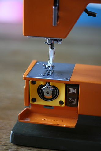 The bobbin driver of a Husqvarna 3600 sewing machine Husqvarna 3600 C226.jpg