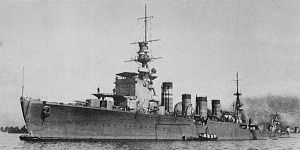 IJN cruiser Jintsu in 1925 at Kure.jpg