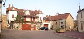 IMG Place à Saint-Martin-sous-Montaigu 2.JPG