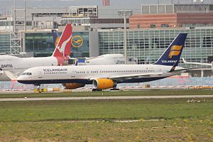 Icelandair 752 TF-FIY.JPG