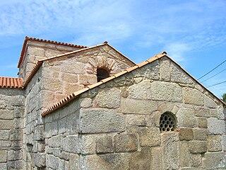 Iglesia de Santa Comba de Bande2.jpg