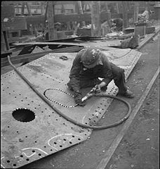 In a British Shipyard- Everyday Life in the Shipbuilding Industry, UK, 1943 DB112.jpg