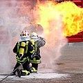 Interschutz 2010 Vorführung Brandbekämpfung.jpg