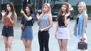 Itzy going to a Music Bank recording on August 8, 2019.png