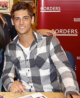 Jean-Luc Bilodeau at 16 Wishes event at Borders, 2010.jpg