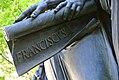 Johann Martin Fischer, Detailansicht-Brunnenskulptur - DIE TREUE.jpg