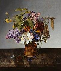 Garden bouquet in the jug