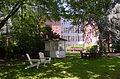Köster-Stiftung Pavilion hinter Haus Köster 2.jpg
