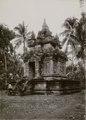 KITLV - 82393 - Kurkdjian - Soerabaja - Temple of Prambanan in Yogyakarta - circa 1910.tif