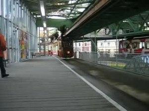 File:Kaiserwagen einfahrt vohwinkel.ogv