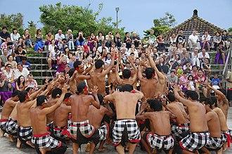 Kecak - Image: Kecak dancers cliffside Uluwatu