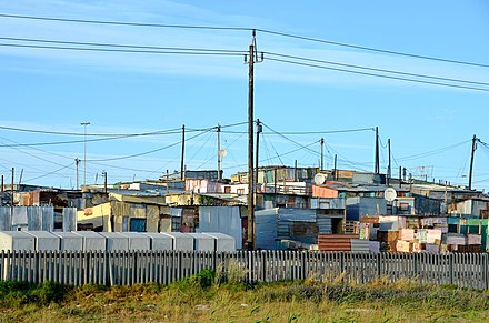 Khayelitsha, Township along N2 (2015) Khayelitsha at N2 road, Cape Town (2015).jpg