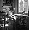 Kleermaker in het Joodse werkdorp in de Wieringermeer, Bestanddeelnr 254-4911.jpg