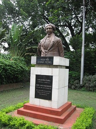 Luso-Indian - Image: Kolkata Derozio statue