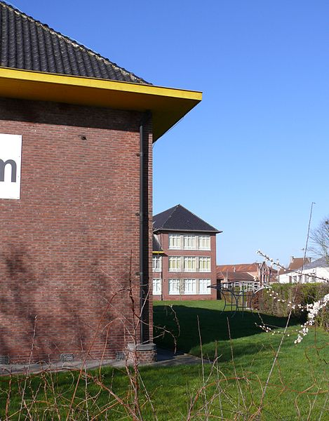The Koninklijk Atheneum (Royal Atheneum) of Dendermonde. The Atheneum is a school for secondary education.