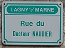 L1544 - Plaque de rue - Rue du Docteur Naudier.jpg