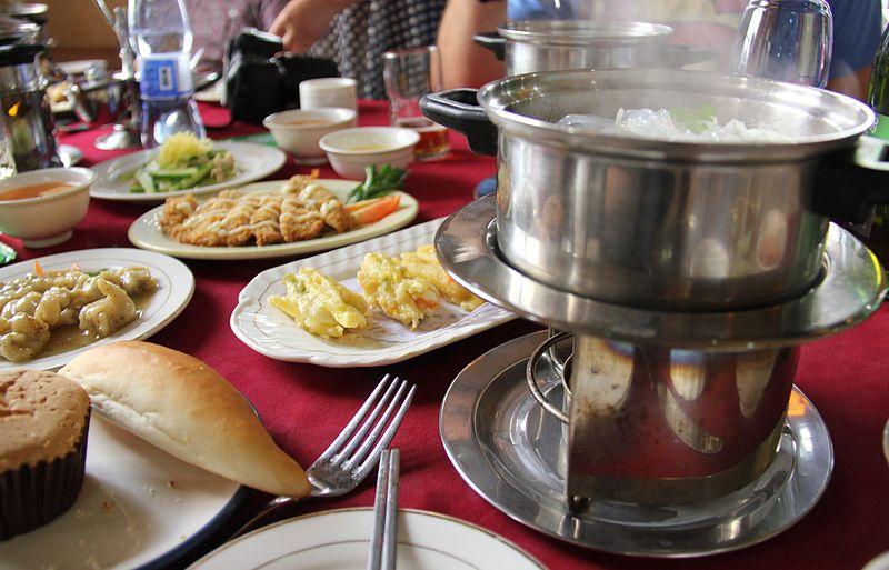 File:Laika ac Hot Pot Restaurant (7968810750).jpg