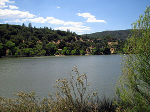 Lake Hughes, California - Hughes Lake
