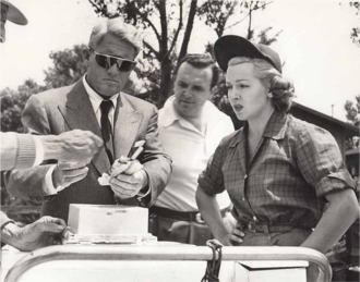 George Sidney - George Sidney behind Spencer Tracy and Lana Turner on the set of Cass Timberlane (1947)