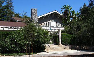 Lanterman House - Image: Lanterman House Entrance 2
