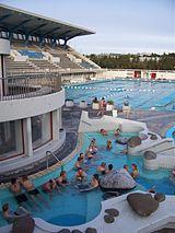 ロイガルダールル温泉プール