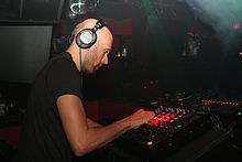 Lee Burridge.jpg