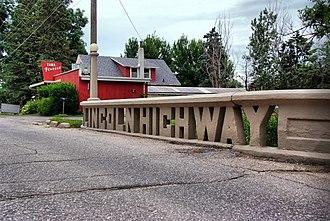 Iowa Primary Highway System - Lincoln Highway bridge in Tama