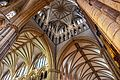 Lincoln cathedral (15121337363).jpg