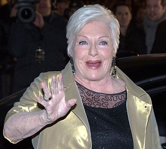 Line Renaud - Line Renaud at the 2011 NRJ Music Awards