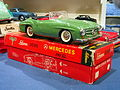 Litho tin toy green Mercedes 190SL, Schuco 2095 pic3.JPG