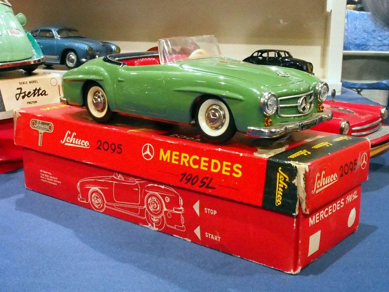 file litho tin toy green mercedes 190sl schuco 2095 pic3. Black Bedroom Furniture Sets. Home Design Ideas