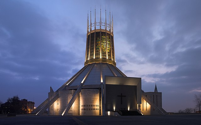Liverpool Metropolitan Cathedral of Christ the King at dusk. Photo by Chowells.