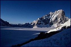 Looking East to Snow Lake - lookeast.jpg